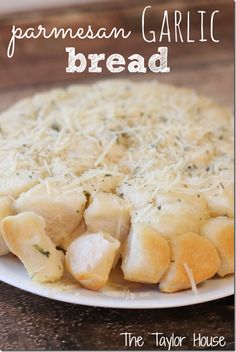 Parmesan Garlic Bread - wow - this looks amazing!