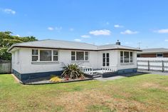 Marius Stanis - Lodge Real Estate Hamilton, New Zealand: For Sale by Auction - 8 FORSYTH STREET, ST ANDREWS... St Andrews, Hamilton, Brick, Shed, Auction, Real Estate, Exterior, Outdoor Structures, Street