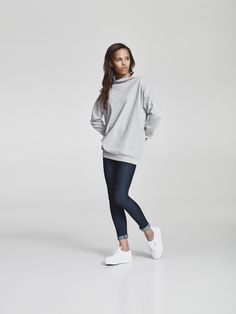 Shop Makia women's sweatshirts at the official online store. Normcore, Sweatshirts, Spring, Long Sleeve, Sleeves, Clothes, Women, Style, Fashion