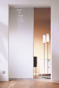 Glastür zum Schieben mit Milchglas. Glastür Innen | | Glastür Flur | Glastür Wohnzimmer | Glasschiebetür Wohnzimmer | Glasschiebetür Küche | Glasschiebetür Küche | Schiebetür Glas Wohnzimmer | Schiebetür Glas Küche #glastür #schiebetür #glasschiebetür #loft #schlafzimmer #einrichtung #einrichtungsideen #küche #interior #home #bedroom #glasdoor #kitchen #hausbau--#Genel