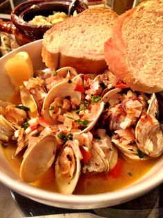 Drunken Clams - an easy, quick way to prepare fresh clams. www.iheartbeetsblog.com