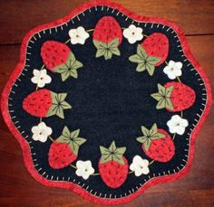 Free Strawberry Quilt Patterns | SCALLOPED STRAWBERRY PENNY RUG PATTERN INSTANT DOWNLOAD