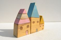 wee houses, I can't wait to make these with my preschool class! I have the scrap wood  pieces all ready!!!!