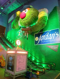 Jordanu0027s Furniture Store In Reading, MA Houses An IMAX Theater, Trapeze  School U0026 Lots More