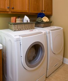 Spring Cleaning Challenge Day Twelve-Clean the Washer and Dryer
