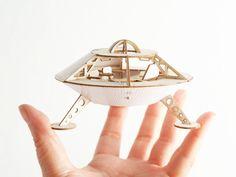 Model Kit  -  Miniature Space Ship  -  Mars Lander