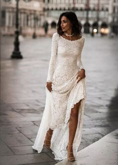 83 Vintage Wedding Dresses 1920s You Never See #vintageweddingdresses #weddingdresses #weddingdressesideas   digitalhiten.com