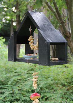 Stoer vogelhuis maken