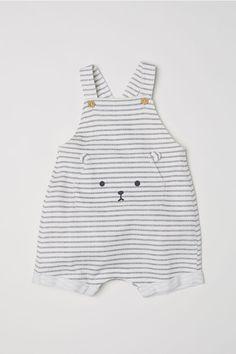 Cotton Bib Overall Shorts - White/gray striped - Kids Fashion Kids, Baby Boy Fashion, Toddler Fashion, Fashion Clothes, Fashion Shoes, Fashion Accessories, Cheap Fashion, Fall Fashion, Fashion Trends