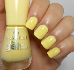Essence The Gel Nail Polish Love is in the air