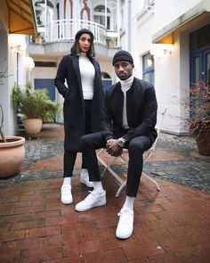 Valentine outfit ideas for couples Smart Casual Wear, Casual Wear For Men, Matching Couple Outfits, Matching Couples, Big Men Fashion, Fashion Couple, Couple Style, Couples Assortis, Socks Outfit