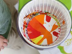 Now here's an art project I think I'd be brave enough to try with my toddler: salad spinner spin art. Brilliant.