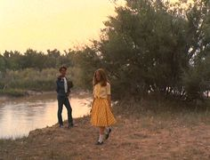 Style Icon: Sissy Spacek in Badlands holly (sissy spacek) in badlandsholly (sissy spacek) in badlands Sissy Spacek, Italian Summer, Film Inspiration, Film Stills, Looks Cool, Film Photography, Photography Ideas, Cinematography, I Movie