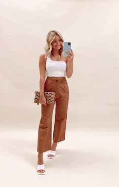 Reagan Pant – Boutique Chloe Rose Chloe Rose, Senior Pics, Burnt Orange, Slacks, What To Wear, Boutique, Pants, Fashion, Trouser Pants