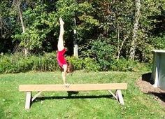 How to build a Gymnastics Balance Beam. Mama- Cooper would love it! Gymnastics Crafts, Gymnastics At Home, Gymnastics Equipment, Gymnastics Stuff, Diy Balance Beam, Outdoor Activities, Activities For Kids, Home Workout Equipment, Fitness Equipment