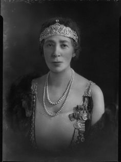 Mary Howe (née Curzon), Countess Howe