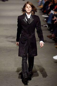 Alexander McQueenMen's: Fall/Winter 2006-2007