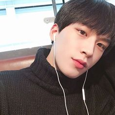 Ulzzang boy Korean Fashion Black Clothes
