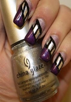 Love the gold on these nail colors