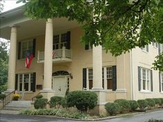 VRBO.com #274676 - Mansion in Chickamauga - Just 20 Minutes from Chattanooga