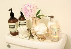 Check out these beauty storage ideas Bathroom Styling, Bathroom Storage, Bathroom Trays, Victorian Kitchen, Bathroom Inspiration, Bathroom Ideas, Bath Ideas, Diy Ideas, Decor Ideas