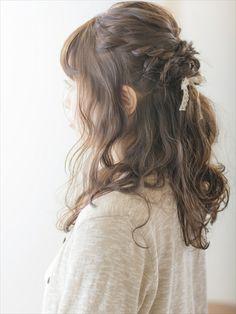 TEZZON for hair Labiosのヘアスタイル | バックをルーズにまとめたハーフアップスタイル | 東京都・西口・北口・目白・メトロポリタン方面の美容室 | Rasysa(らしさ)