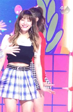 Jihyo's bright smile (for Momo💖)  #her smile is healing#twicenet#femaleidolsedit#jihyo#momo#park jihyo#hirai momo#twice jihyo#twice momo#mygifs#twice#twice edit#i want to gif this whole performance but idk where to start or stop askdjasl#jimo#jimo is so cute