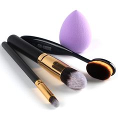 $5.13   Stylish 4 Pcs/Set Blush Brush + Foundation Brush + Eyeshadow Brush + Sponge Blender