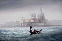 Mystic Venice..... pic.twitter.com/drTg59LnLO