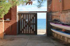 #VillaPulaSardegna: Villa sul mare in contesto esclusivo Villa Olga, a 3 km dal centro di Pula, offre parcheggio gratuito, area salotto, TV, WiFi gratuita...