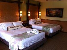 Photo Tour of a Standard Room at Disney's Polynesian Village Resort Disney Vacation Club, Disney Vacation Planning, Disney Vacations, Disney World Hotels, Disney World Resorts, Disney Rooms, Disney House, Polynesian Village Resort, Disney Home Decor
