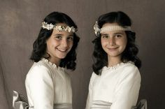 Peinados con cintas de flores y bouquet de flores