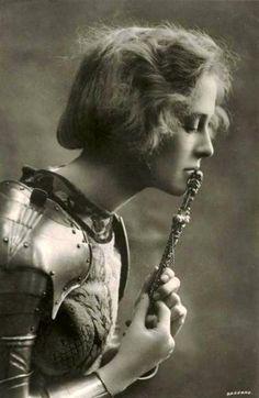 Pauline Chase as Joan of Arc, Teatro alla Scala, Miliano, 1909