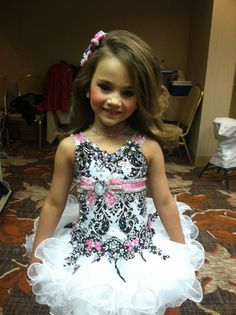 Paige Toddlers and Tiaras Glitz Pageant Dresses, Pagent Dresses, Princess Tutu Dresses, Pageant Wear, Pageant Girls, Pagent Hair, Beauty Pageant, Toddler Pageant, Toddlers And Tiaras