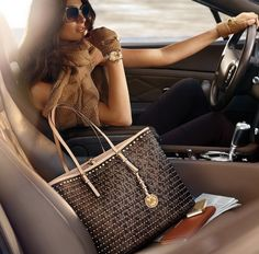 Michael Kors Handbags 2014 Designer #Michael #Kors #Handbags