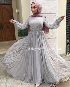 Modest Fashion Hijab, Fashion Dresses, Hijab Chic, 90s Fashion, Muslim Wedding Dresses, Eid Dresses, Eid Outfits Pakistani, Modest Evening Gowns, Muslim Fashion