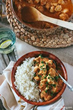 Chicken Curry with Gentle Spices made with a secret technique I learned from a local chef from Guyana. Simply delicious. #curry #weeknighmeals #chicken