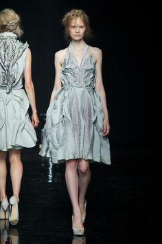 Yiqing Yin Haute Couture Automne-Hiver 2012-2013|3