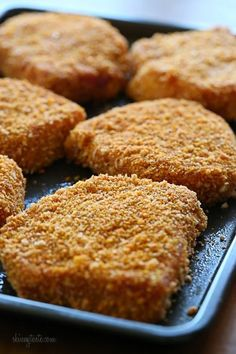 Juicy, delicious, boneless pork chops coated with a seasoned crisp crust. Ready in under 30 minutes, easy and kid-friendly! Oven Fried Pork Chops, Easy Baked Pork Chops, Pork Ribs, Breaded Porkchops In Oven, Boneless Pork Chops Oven, Fried Steak, Pork Chop Recipes, Meat Recipes, Healthy Recipes