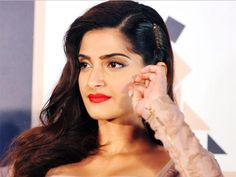 That one thing about parties that Sonam Kapoor just doesn't like!