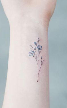 Wildflower Blue Watercolor Wrist Tattoo Ideas for Women - Ideas de tatuaje de f. - Wildflower Blue Watercolor Wrist Tattoo Ideas for Women – Ideas de tatuaje de flores para mujere - Little Tattoos, Mini Tattoos, Body Art Tattoos, Tatoos, Hot Tattoos, Water Tattoos, Skull Tattoos, Pretty Tattoos, Beautiful Tattoos