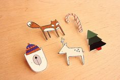 Shrinky dink broaches by Kayleigh o'mara. Just bought foxy from 'bytheyard' in Cheltenham, new favourite treasure! Shrink Paper, Shrink Art, Christmas Makes, Merry Christmas, Shrink Plastic Jewelry, Plastic Art, Shrinky Dinks, Paper Crafts, Diy Crafts
