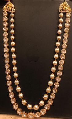 Pearl chain and other studded with polkis. Gold Jewellery Design, Bead Jewellery, Temple Jewellery, Handmade Jewellery, Designer Jewelry, Pearl Jewelry, Beaded Jewelry, Jewelry Necklaces, Indian Wedding Jewelry