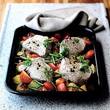 Filetes de atún con verdura al horno
