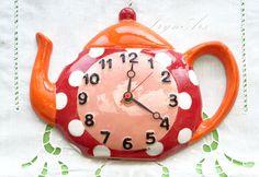 """Orologgio in ceramica da parete """"Tea pot"""". Stile country, varie colorazioni, fantasie allegre. di IrynArs su Etsy"""