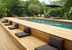 modern landscaping Above ground pool ideas to beautify a prefab swimming pool and give it a custom look. Ideas include above ground pool decks, modern landscaping and siding. Oberirdischer Pool, Swimming Pool Decks, Above Ground Swimming Pools, Swimming Pool Designs, In Ground Pools, Lap Pools, Pool Backyard, Intex Pool, Rectangle Above Ground Pool