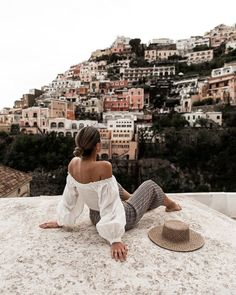 @brittanyniemer✨🌸🌴 Brittany has given you a FREE Uber ride (up to $5). To claim your free gift, sign up using this link:https://www.uber.com/invite/brittanyn3631ue Travel Photography, Travel Inspiration, Travel Destinations, Places To Go, Places To Travel, Wanderlust, Costa Amalfi, Positano, Italy Travel