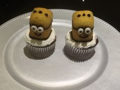i made minons cup cakes
