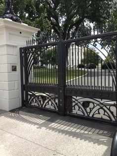 White House gate. ❤