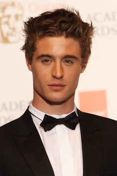 max irons...now my slightly inappropriate crush on Jeremy Irons can be put to better use ;)